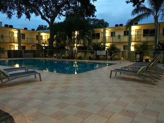 Bayshore Flats Apartments Tampa Florida Mckinley