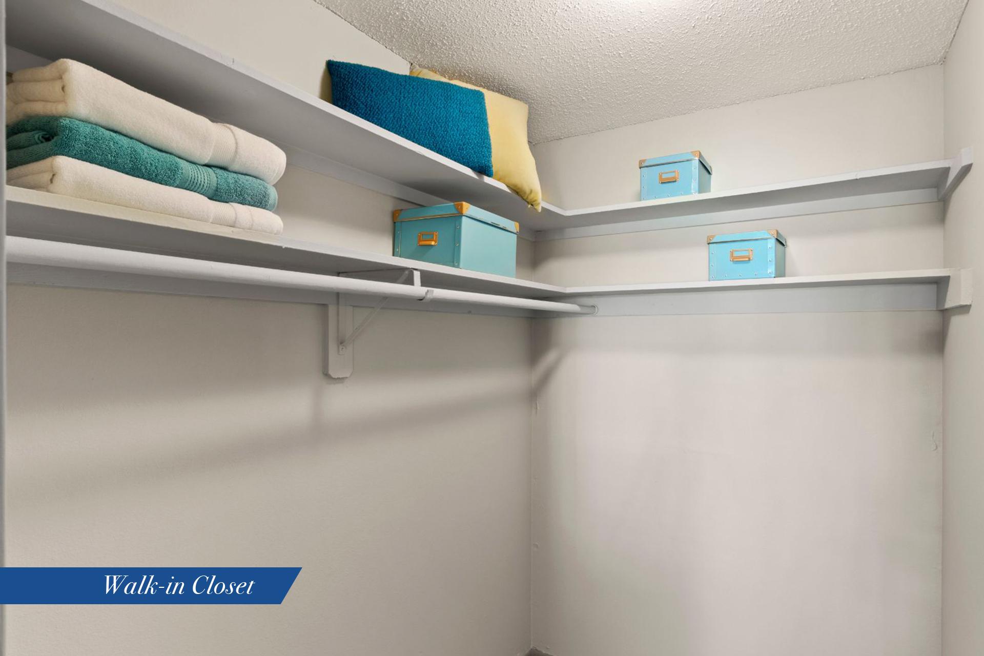 Celano-closet