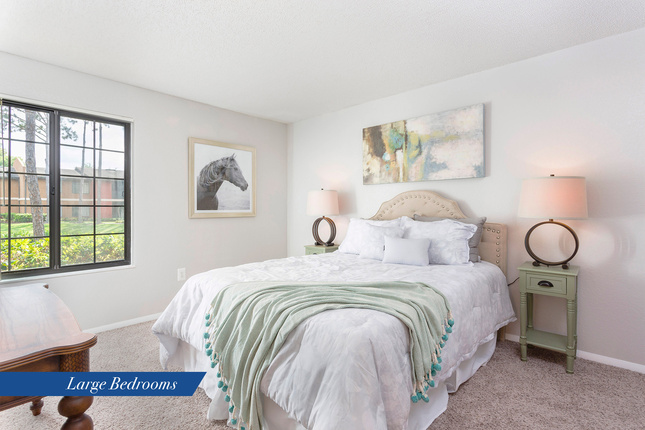Pines-bedroom
