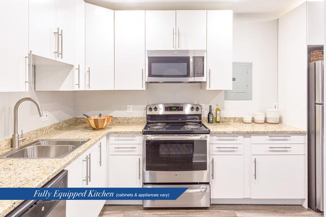 Carlyle-kitchen