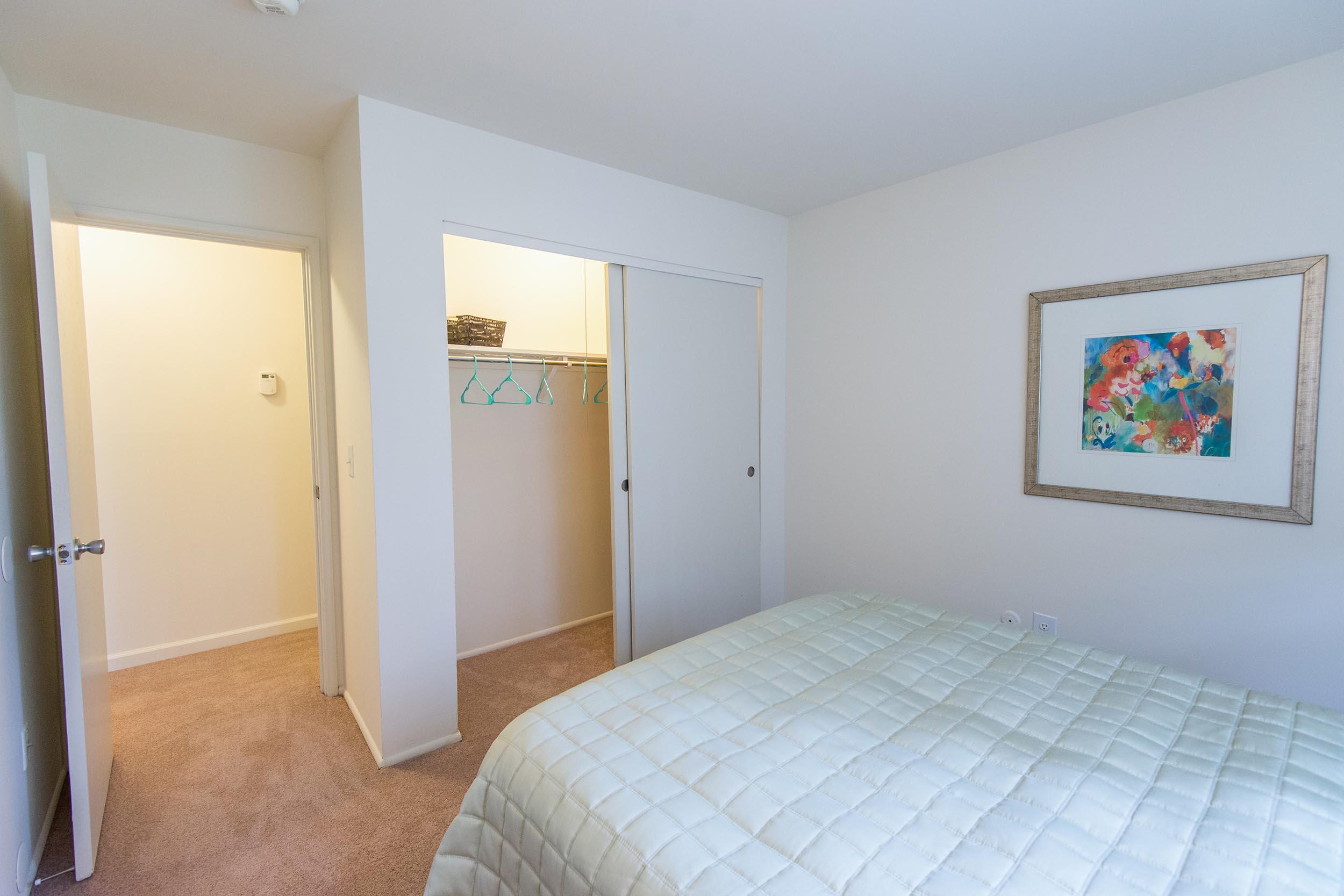 Tv-20860-20bedroom-20l-202-2