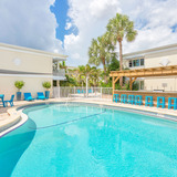 Carlyle Flats Apartments Photo Thumbnail