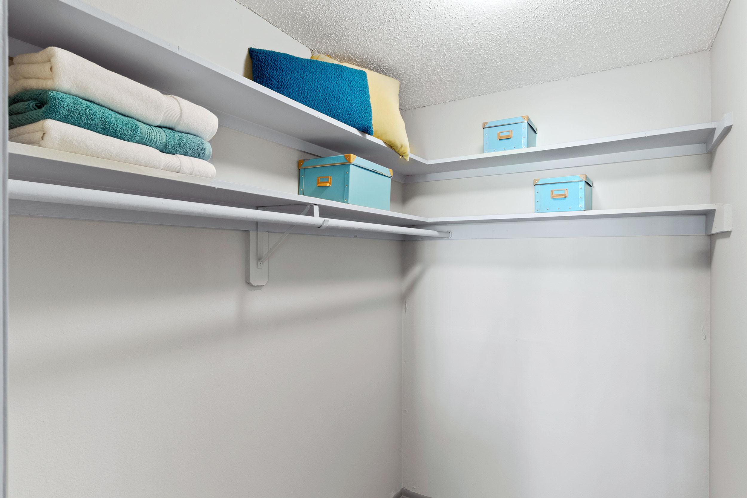 Ce-closet