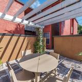 Eusonian Apartments Photo Thumbnail