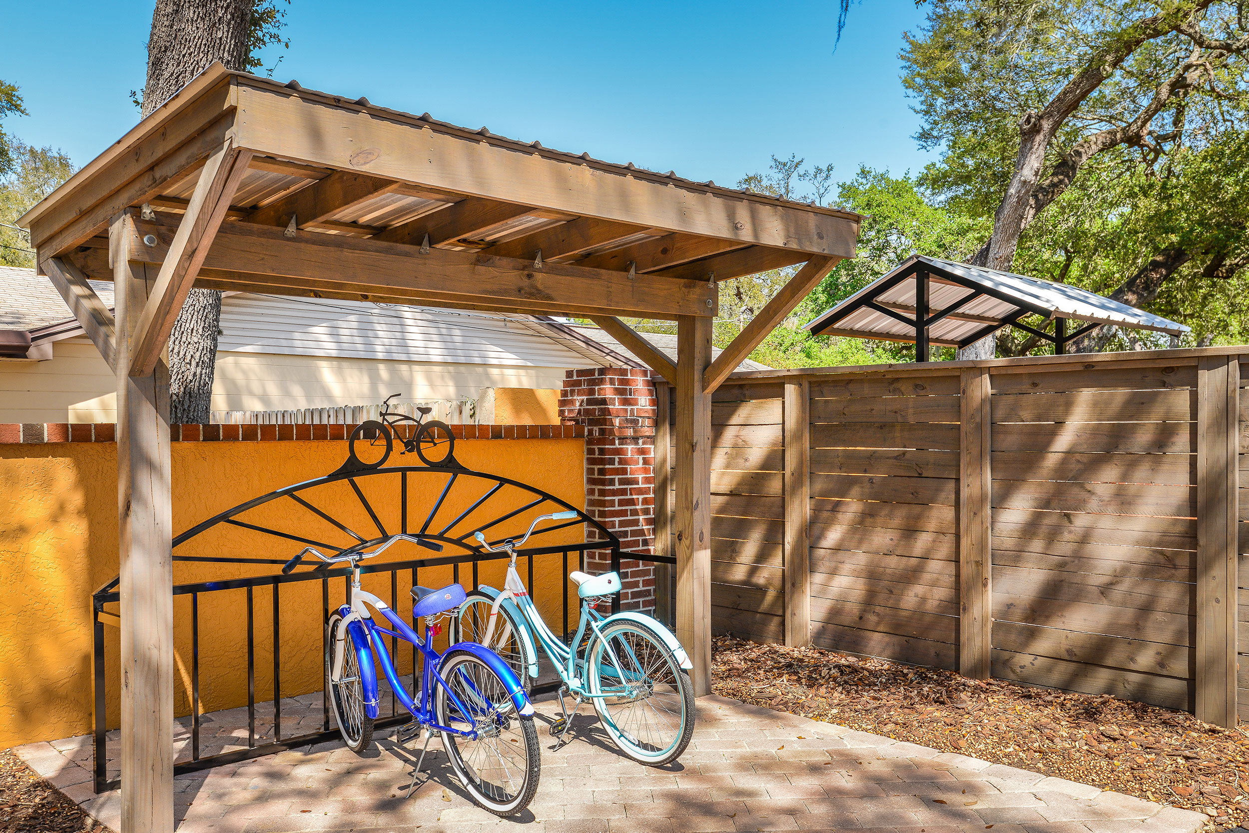 Harp-amen-bike-rack