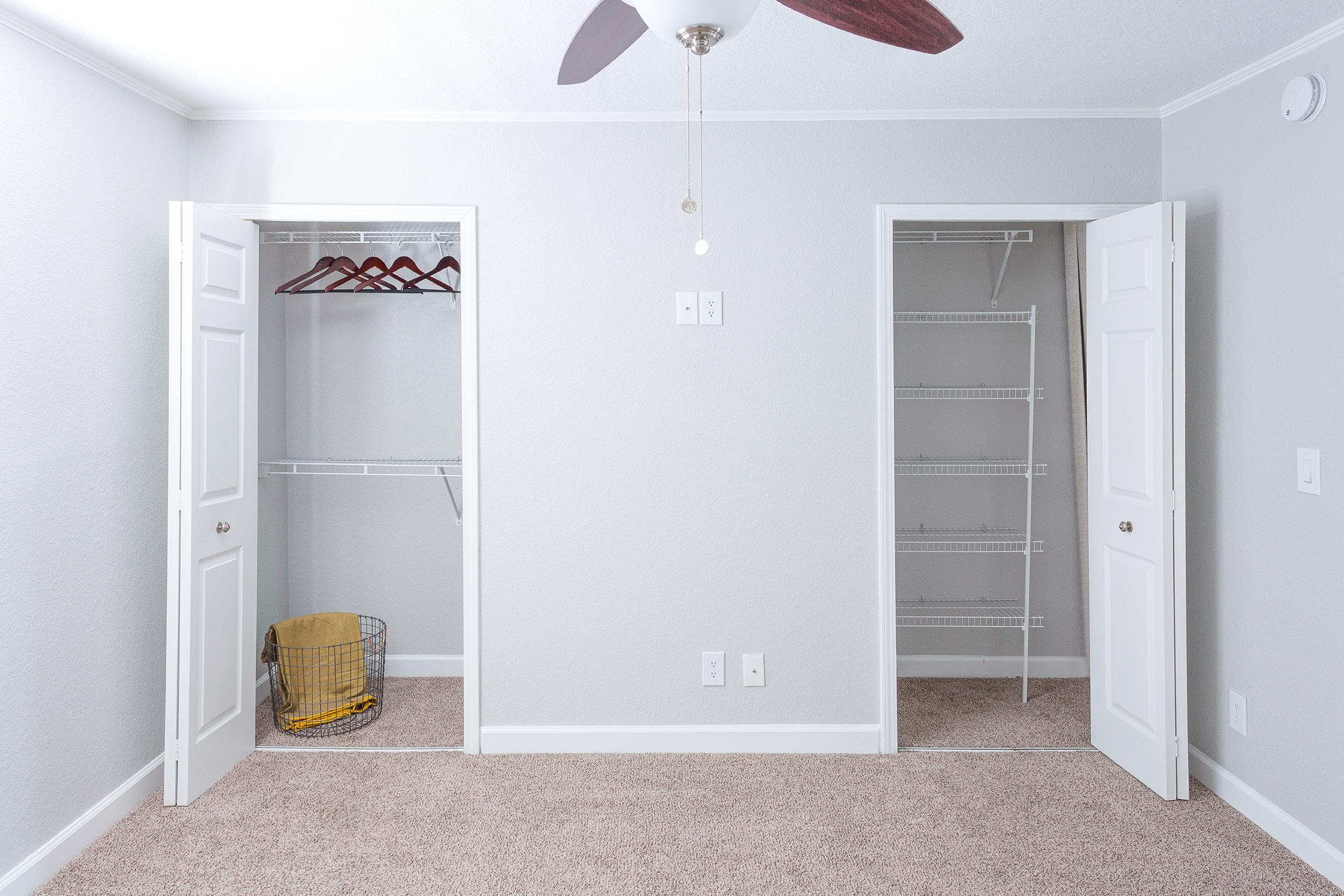 Harp-bedroom