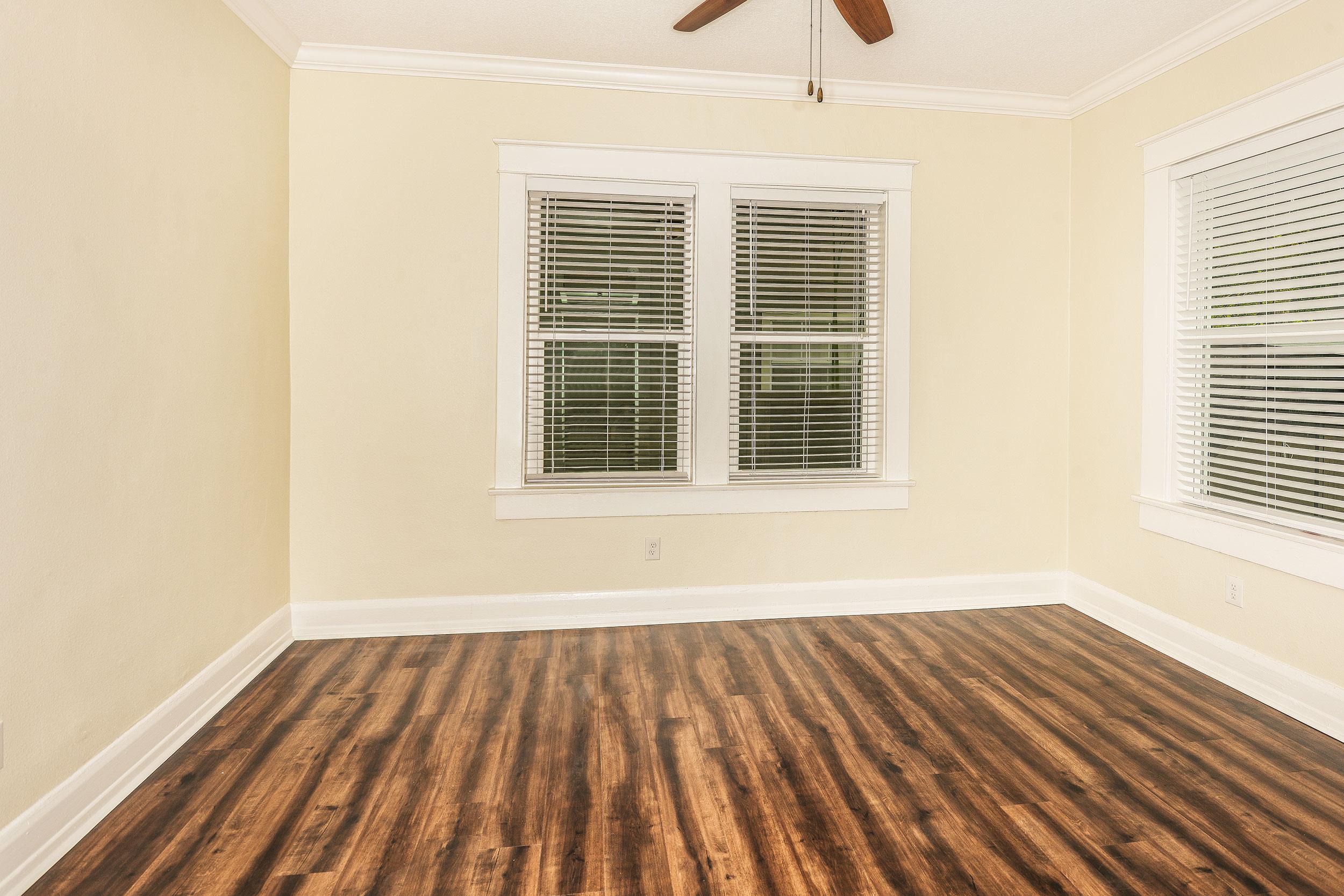 Ivy-bedroom