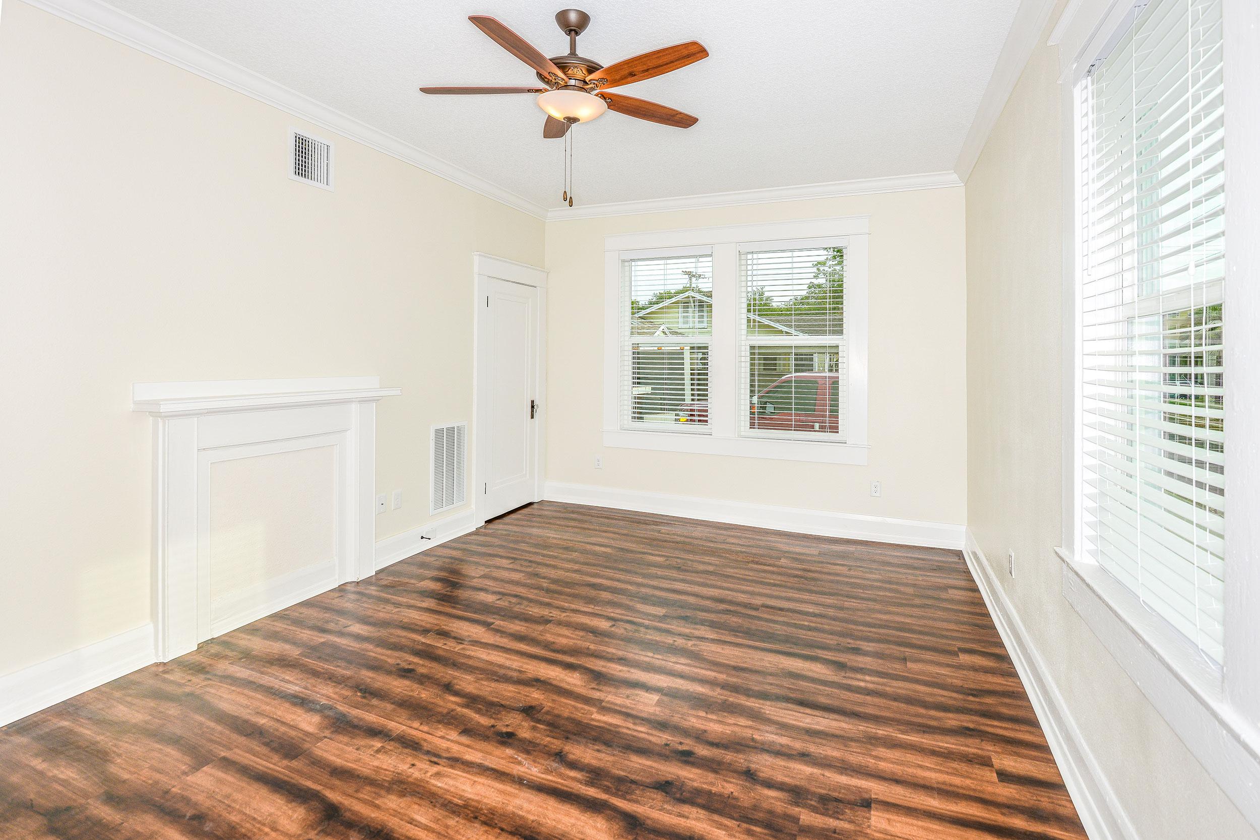 Ivy-livingroom