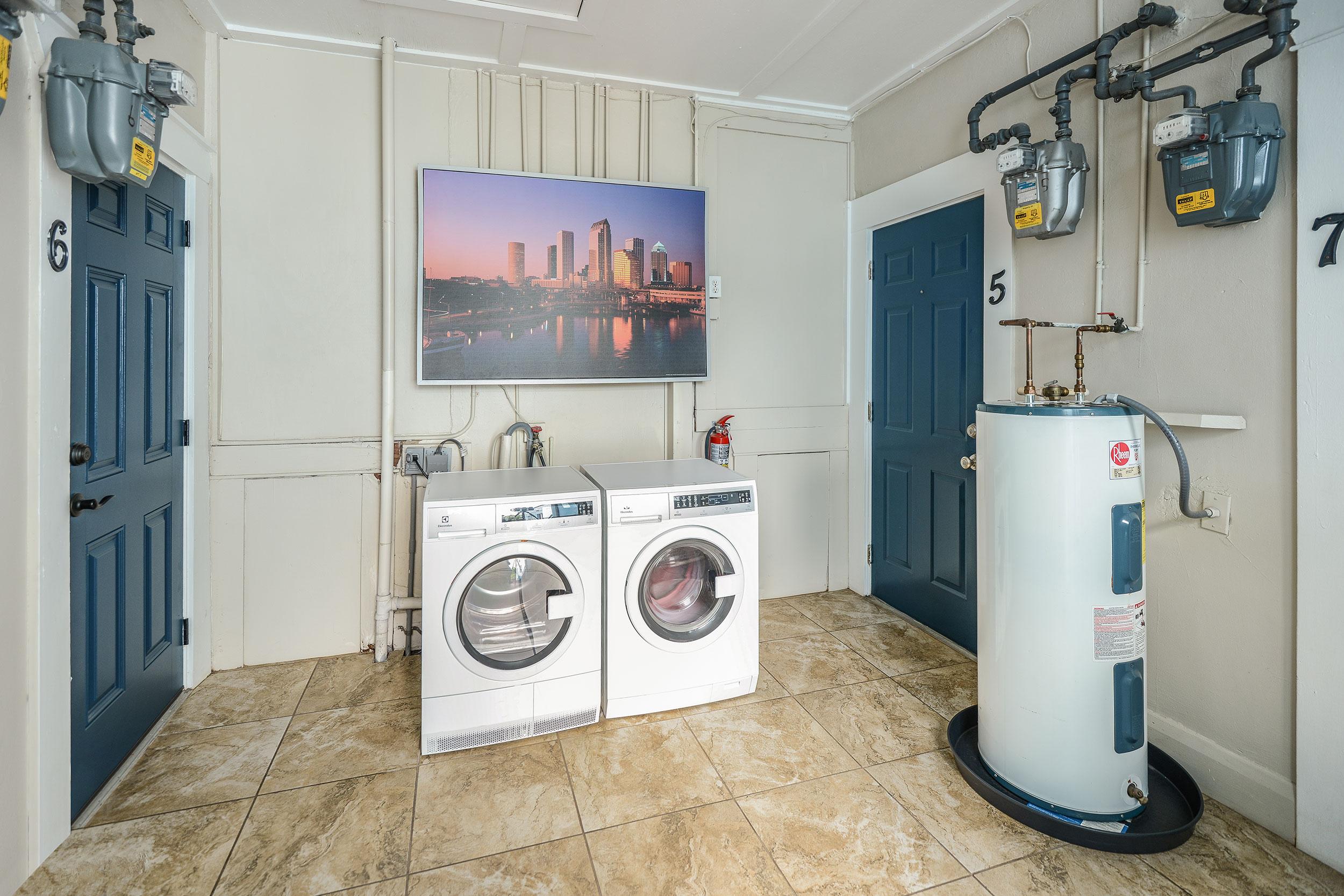 Plf-laundry-center
