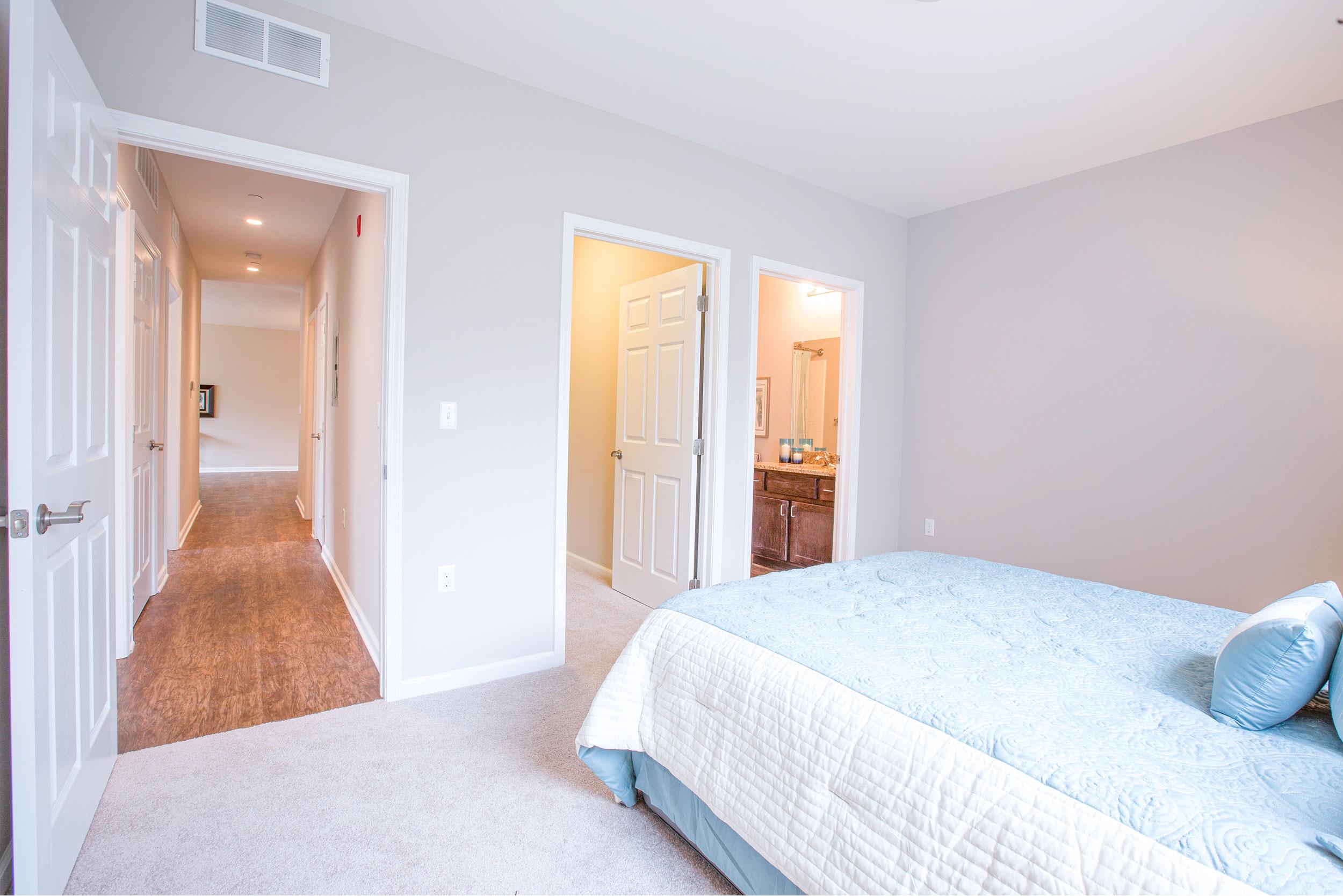 Go-master-bedroom