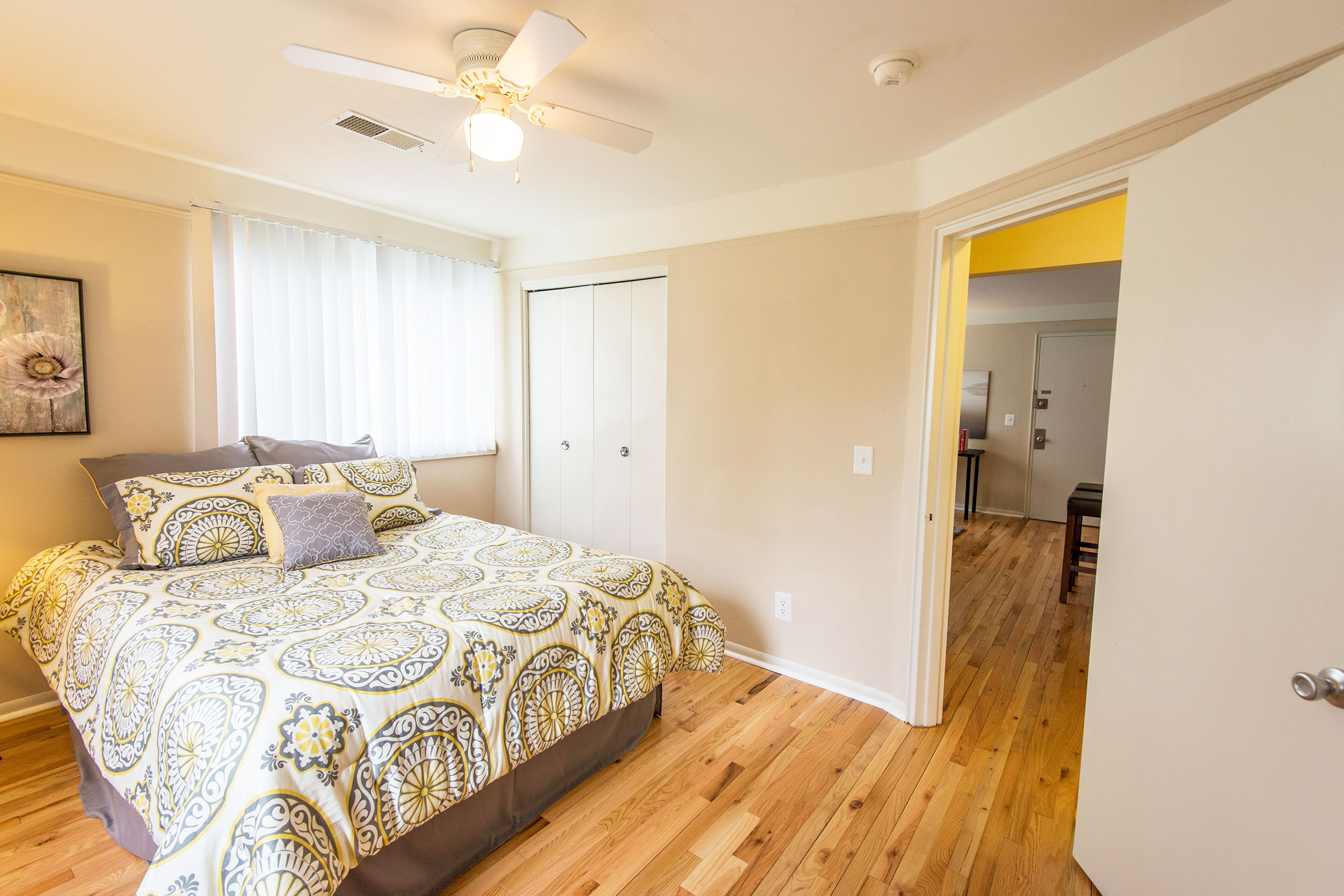 Mf-bedroom