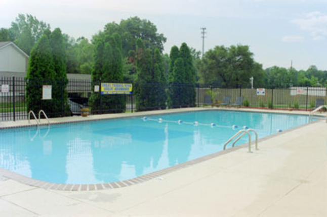 Carmel-woods-pool-jpg