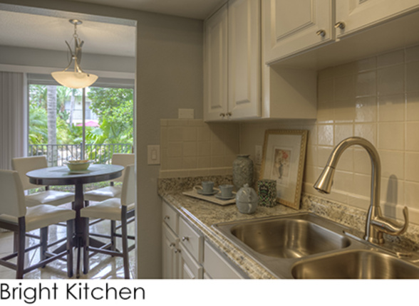 700 Sq Ft Apartment 1 bed - 1 bath - 600~700 sq. ft. | soho flats | apartments in