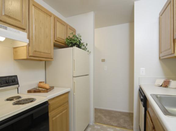 Hillcrest Apartments on Pauline Apartments Ann Arbor Mi