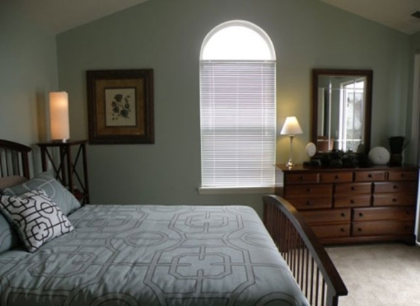 Traver-heights-bedroom